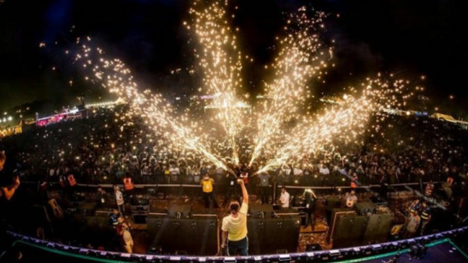 Dimitri Vegas & Like Mike - Sunburn Festival