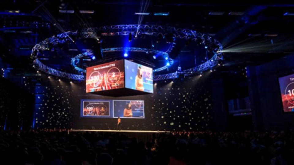 JSAV Mexico live event stage
