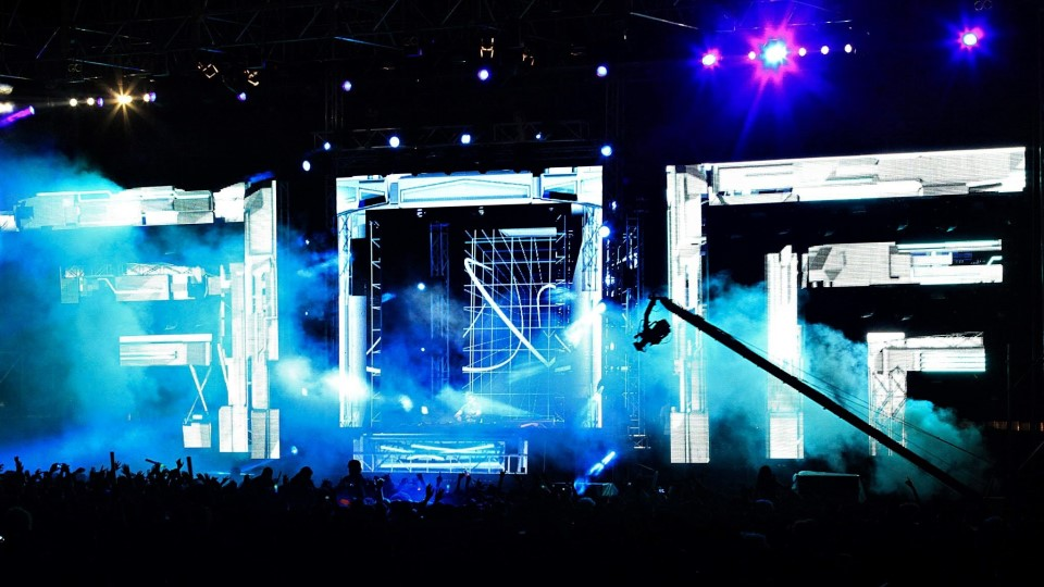 Reynold's Sound & Lighting live concert