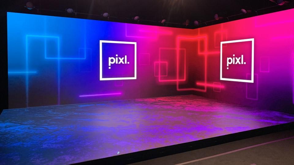 Pixl Studio 8 xR stage