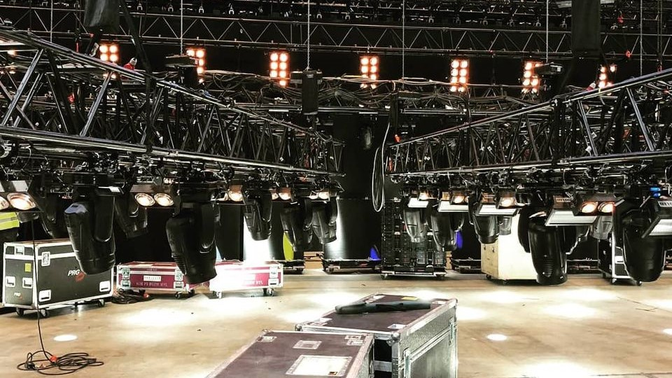 Habegger rigging and truss